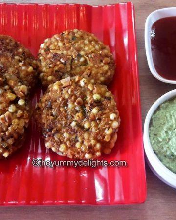 close up of maharashtrian sabudana served with coconut chutney & tomato sauce